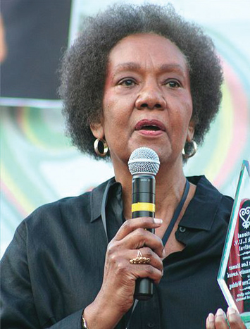 dr-frances_cress-welsing_01-12-2015